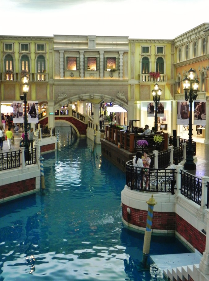 China, Hong Kong, Macau, Venetian, canals, shopping arcade, shopping mall
