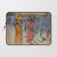 Women carrying water from Pushkar - laptop sleeve
