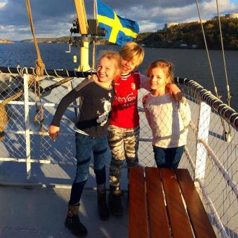 Lottie, Leon and Frida on a trip round Stockholm's archipelago