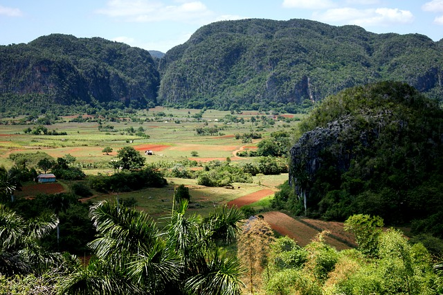 The spectacular natural beauty of the Valley of Viñales