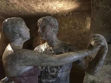 Underground tango dancers in Matera museum