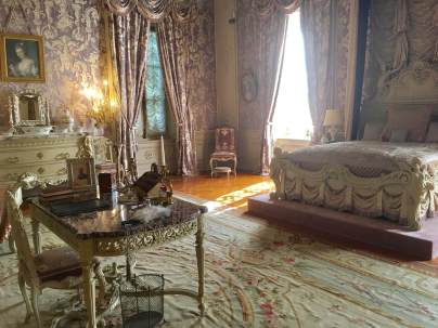 bedroom in one of the great Newport mansions