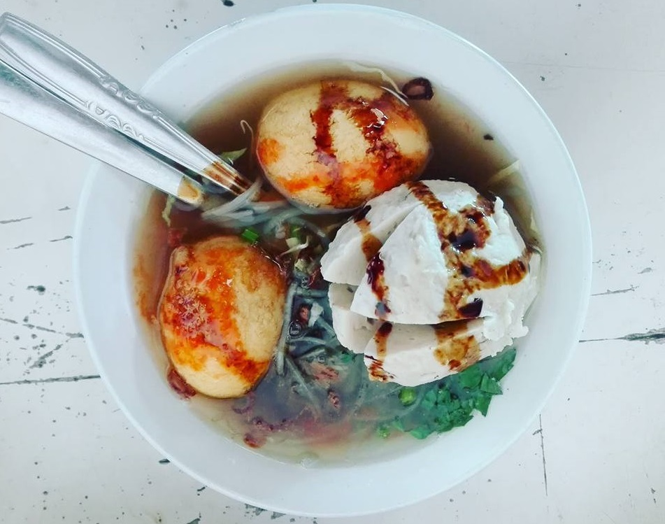 world's best street food Bakso soup in Bali