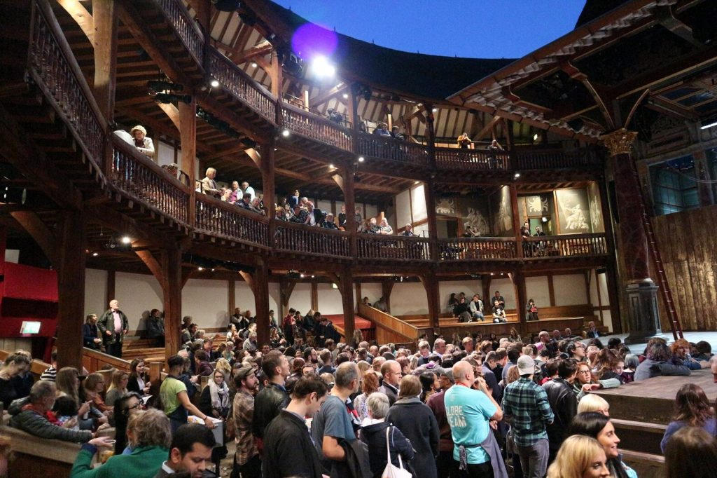 The Globe: One of the tip things to do in South Bank London