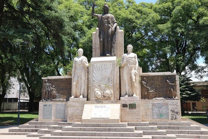 Mendoza fountain