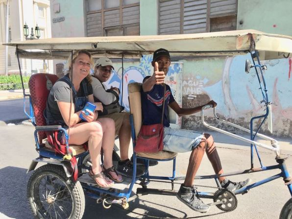 Local experience on Cuba cultural tour