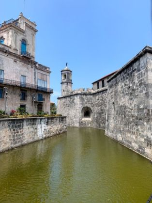 Colonial fortress on Cuba cultural tour