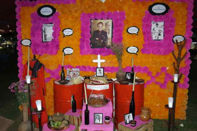I loved this altar, it was clearly done with much love.