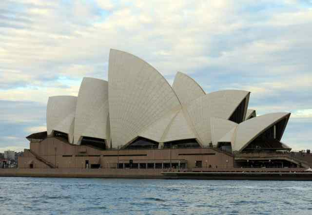 sydney, empty nest, opera house, fab photos friday