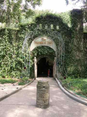 foy-entrance-vertical