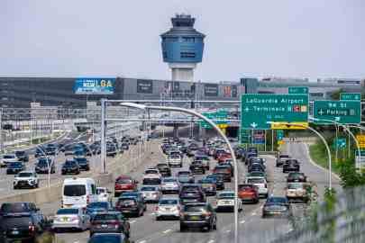 How to get from LGA (Laguardia Airport) to Manhattan