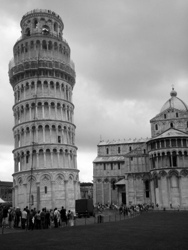 Leaning Tower of Pisa black and white