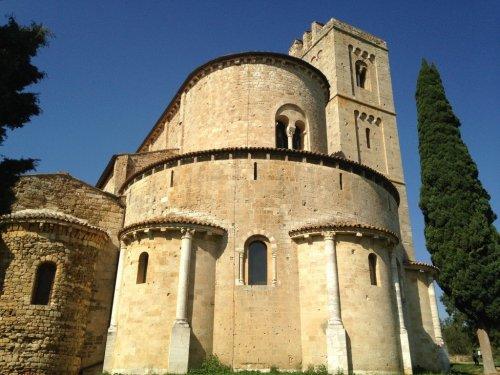 10 Italian Hilltop Towns