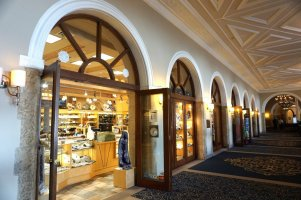 Shops at Fairmont Chateau Lake Louise