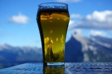 Mt Rundle through beer at Cliffhouse Bistro