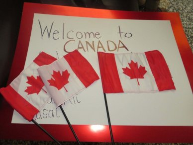 image welcome to canada sign