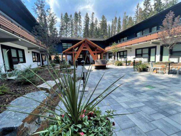Dorothy Motel - Banff itinerary accommodation