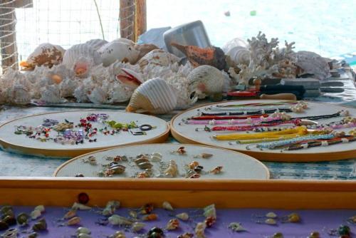 Handicrafts El Pardito island
