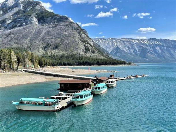 Lake Minnewanka Boat Tours