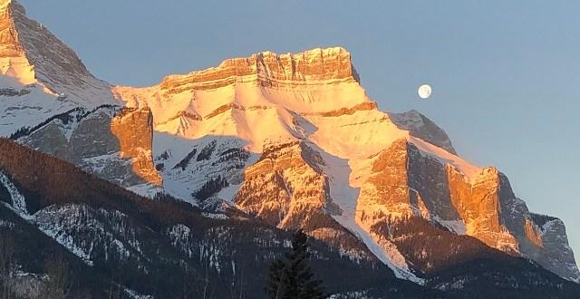 Mount Rundle Alberta Mountains