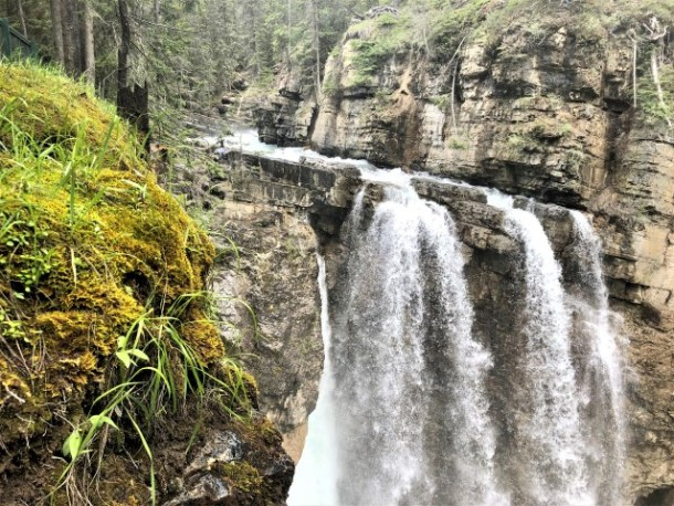 Upper Falls Johnston Canyon