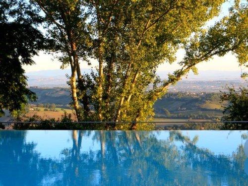Italian hill towns Villa Cicolina