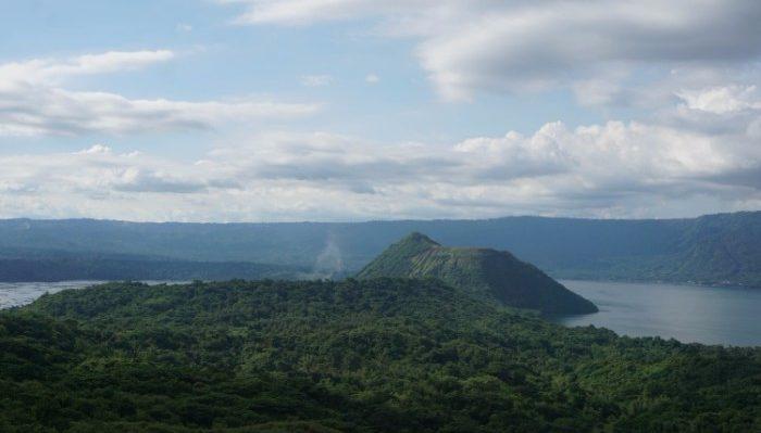 Beautiful views on the trek to Taal Volcano