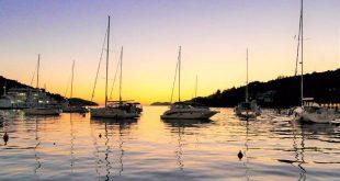 Explore the bays around Dubrovnik