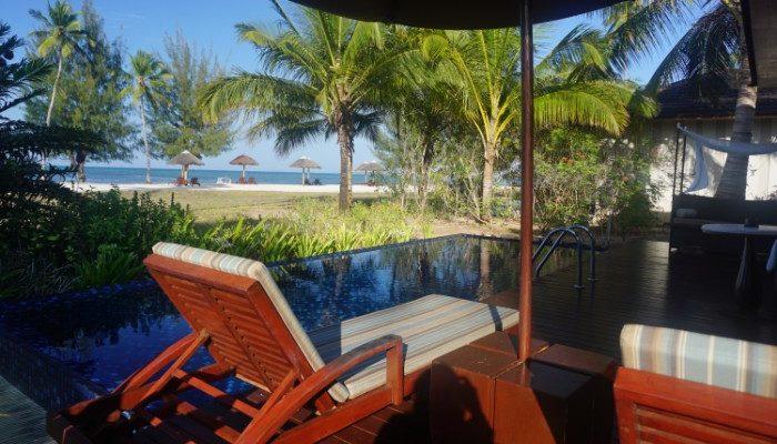 Residence Zanzibar oceanview villa pool