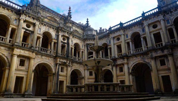 Courtyard of the Convento Do Cristo