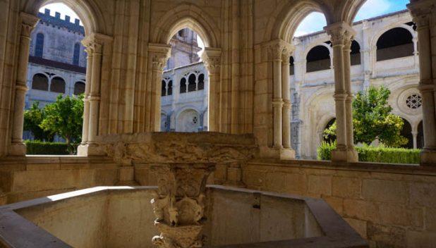 Batalha Monastery courtyard fountain