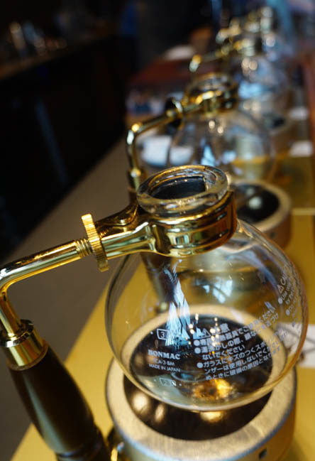 Siphon brewing of coffee in seattle