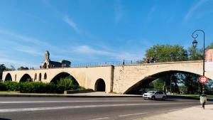 Le 4 arcate restanti del Ponte di Avignone