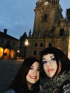 Elina e Marzia a Santiago de Compostela