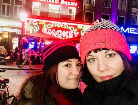 smokey traveltherapists coffee shop amsterdam 8 curiosità sull'Olanda blog di viaggio
