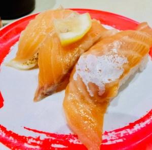 genki sushi shibuya kaiten sushi salmone traveltherapists