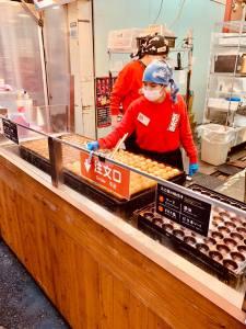 ristorante takoyaki traveltherapists elina marzia osaka kansai i migliori ristoranti takoyaki