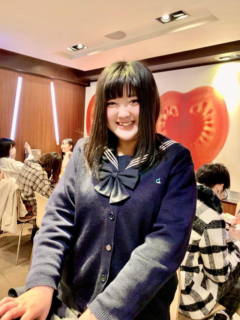uniforme scolastica giapponese ragazza foto tokyo marzia parmigiani