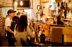 dorobune shinjuku bar lesbiche tokyo traveltherapists il mio viaggio in giappone