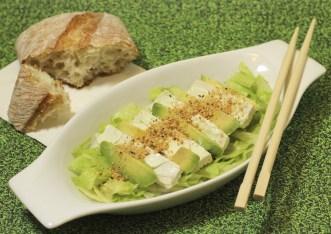 tofu avocado-salad- il mio viaggio in giappone traveltherapists