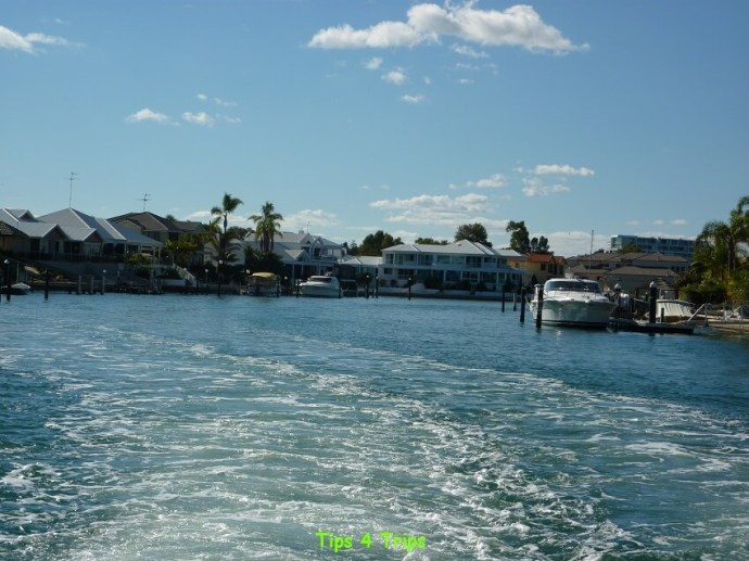 luxury homes on Mandurah canals