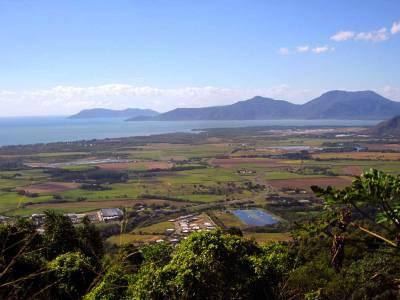 Beautiful views of the Northern region - Up into the KURANDA RANGE.
