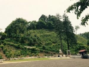 心源院の砦