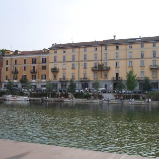 navigli Milan italie italy citytrip europe blog voyage travel traveltothemoonandback travel to the moon and back