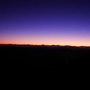 Mauna Kea Big island hawaii road trip usa travel blog voyage travel to the moon and back traveltothemoonandback