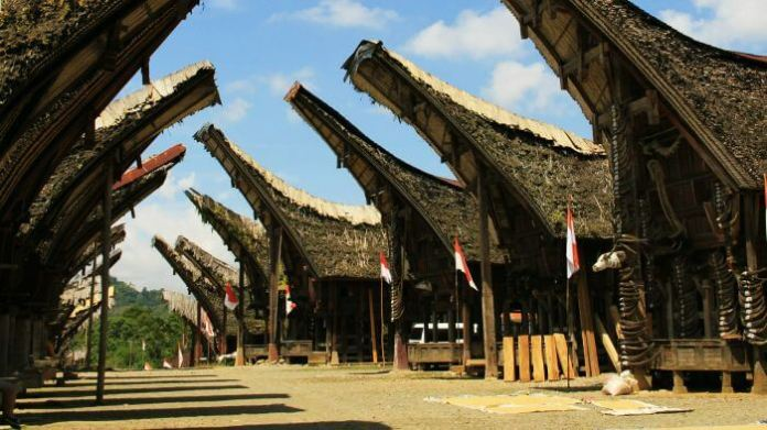 28 Beautiful Places In Indonesia Every Tourist Must Visit In 2021