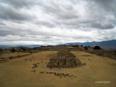 Monte Alban - space (4)