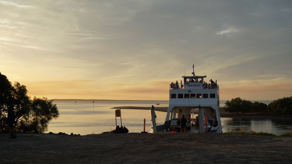 19 Ferry terug