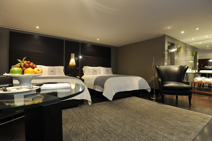 Luxury comes with a price: Rooms at Hotel Charleston Bogota usually start at 200 euro per night (Image Source: The Leading Hotels of the World / lhw.com)
