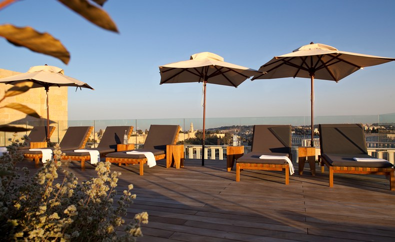 Loungers at the sundeck (Image Source: The Leading Hotels of the World / lhw.com)